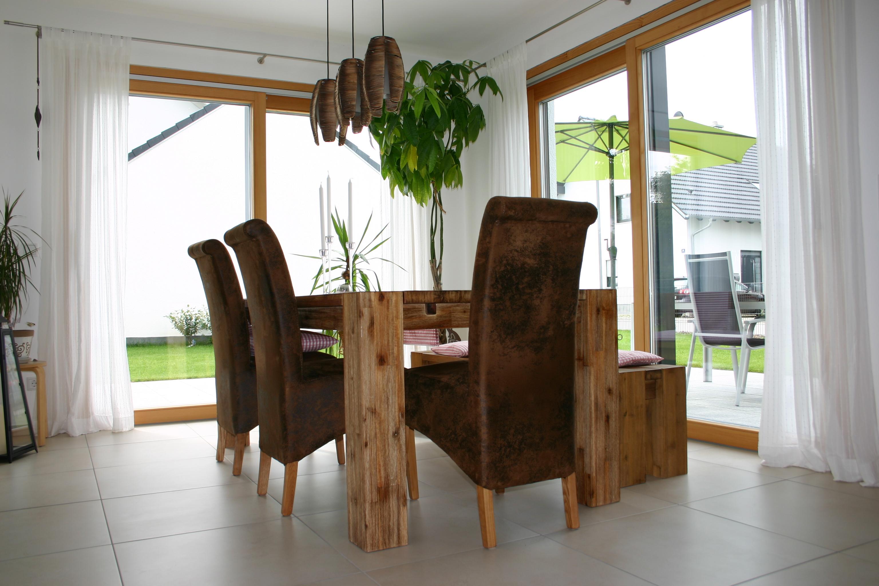ungewohnliche h user. Black Bedroom Furniture Sets. Home Design Ideas