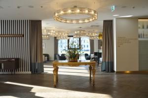 Der Lobbybereich des Hotels Falkensteiner Wien Margareten.