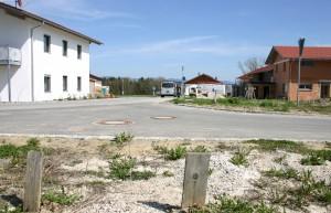 unbebaute und bebaute Grundstücke im Ökodorf Erlenweide