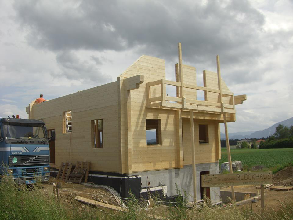 Rohbau des Blockhauses