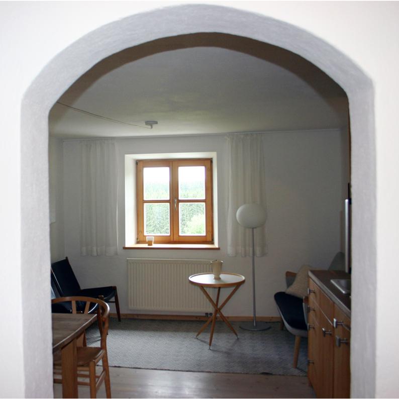 Blick in den Wohnraum der Ferienwohnung Hermann Lenz