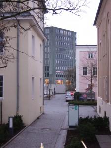 Blick vom Quartier Mitte auf den Stadtturm
