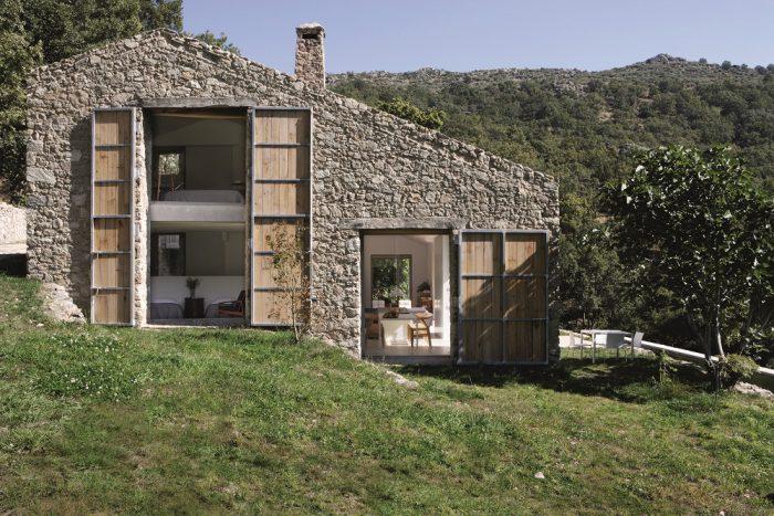 Außenansicht der Finca Extremadura im Westen Spaniens